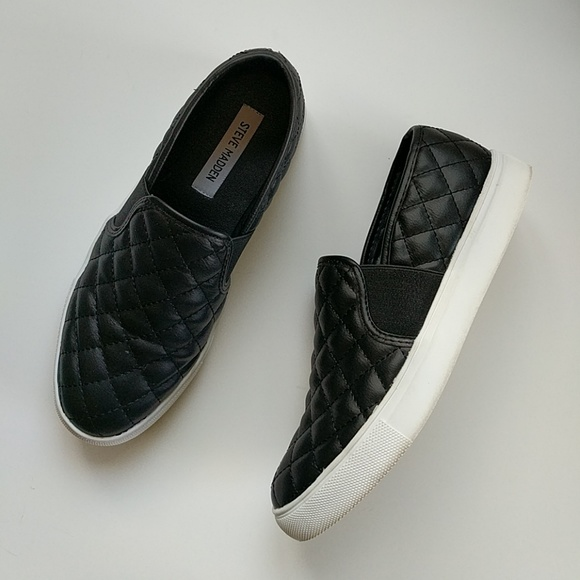 8fbd655f856 EUC Steve Madden Endell Quilted Slip-On Sneaker. M 5c55f9a09fe48631be4c38a8